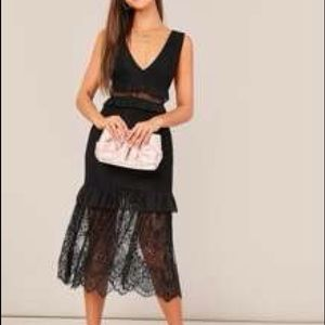 Cute Black lace dress size Small